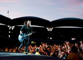 Foo Fighters Live Dave 2011