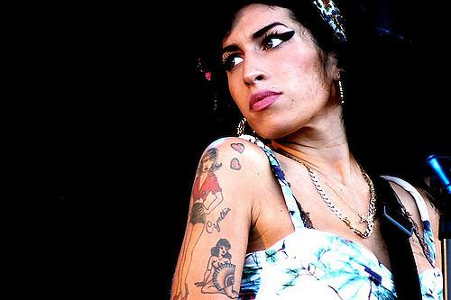 Winehouse was een excentrieke verschijning. - Foto via Flickr: Fionn Kidney