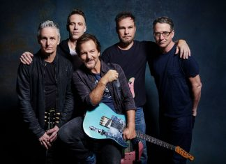 Pearl Jam press photo